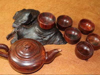 木雕工藝品講述了人生的另一種美