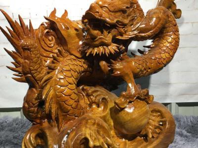 如何更準的分辨真假紅木木雕工藝品