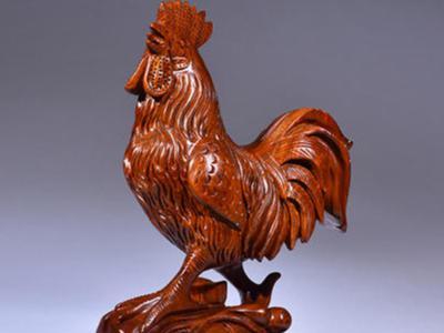 家里擺放的木雕公雞有哪些用途
