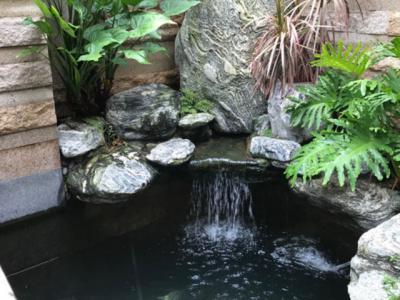 別墅陽臺設計小假山魚池的修建步驟