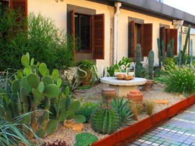 低成本建造自己的庭院花園